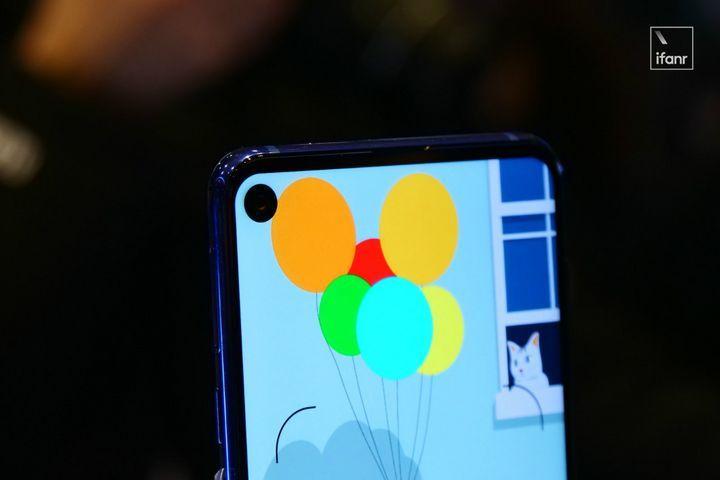 一文读懂:钻孔屏手机上的「通孔」和「盲孔」是什么?